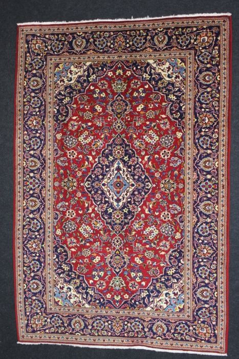 Magnificent KASHAN Persian carpet, Iran, pre-1970.