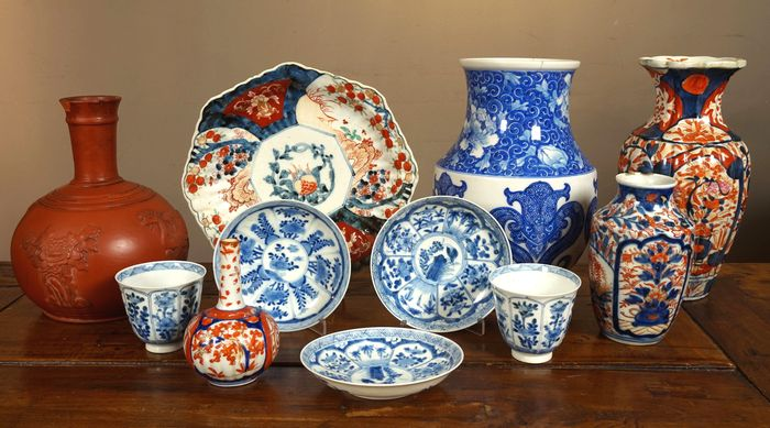 Various antique Japanese porcelain - Japan - 19th and early 20th century & Various antique Japanese porcelain - Japan - 19th and early 20th ...