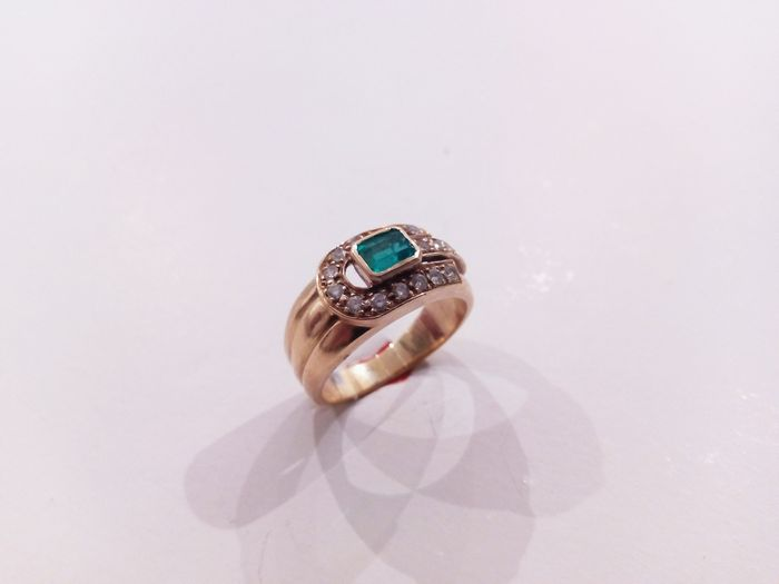 18 kt Cocktail ring with Emerald and Diamonds - Size No. 14 or 17.2 mm