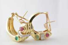 Yellow gold earrings with diamond, ruby and emerald – Measurements: approx. 23.95 x 15.24 x 18.33 mm