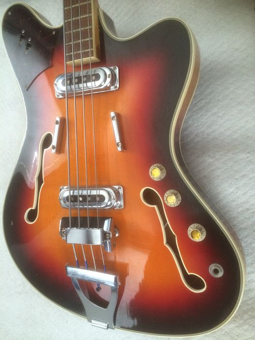 Framus 5/151 TV STAR bass 1966