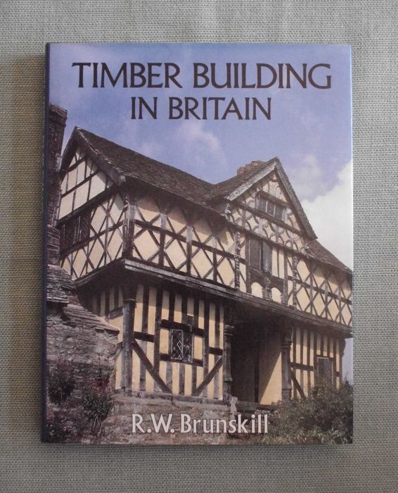 English traditional building lot of three books 1979 for Build on your lot louisiana