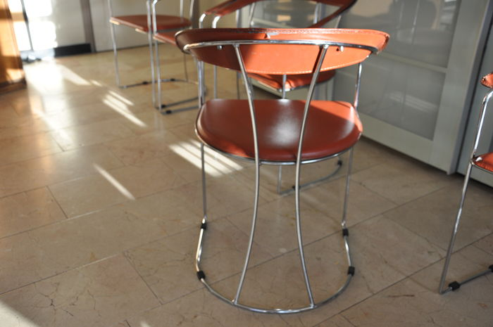 Design Stoelen Fabriek.Arrben Italy Design Stoelen In Leer En Chroom Catawiki