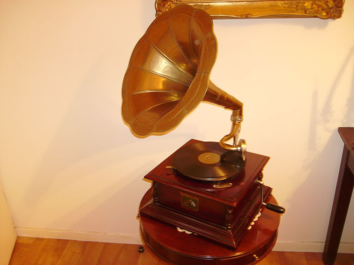 gramophone phonographe his master voice la voix de son maitre catawiki. Black Bedroom Furniture Sets. Home Design Ideas