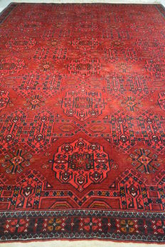 Beautiful Afghan Oriental carpet, 298 x 200 cm. End of the 20th century