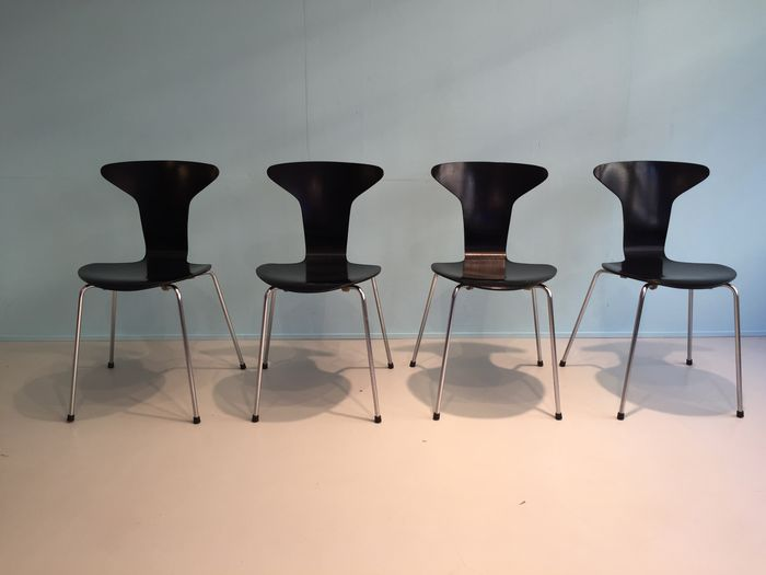 Arne Jacobsen Stoel : Mosquito chairs by arne jacobsen for fritz hansen catawiki