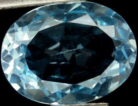 Topaz about 5.6  carats