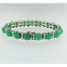 White gold bracelet of 14 kt with chrysoprase and brilliant cut diamonds, 3.60 ct, Wesselton/VS