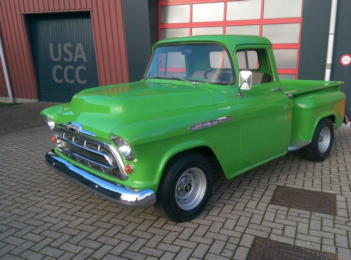 Chevrolet 3100 Apache Camioneta Pick Up Cama Corta Escaln Lateral