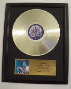 Queen - News of the World- Golden record LP with goldplague