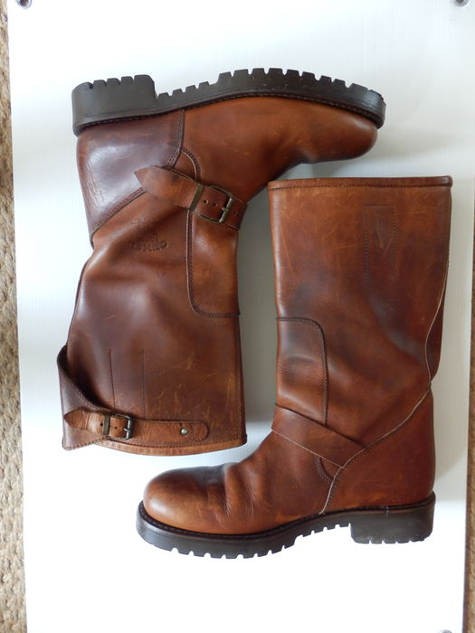 big sale c9e7d 83472 Original Camel Boots Men , Full Leather, Hand made From the 90`s - Catawiki