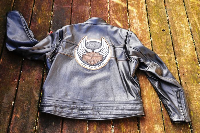 Harley Davidson 105th Anniversary leather jacket Size XL