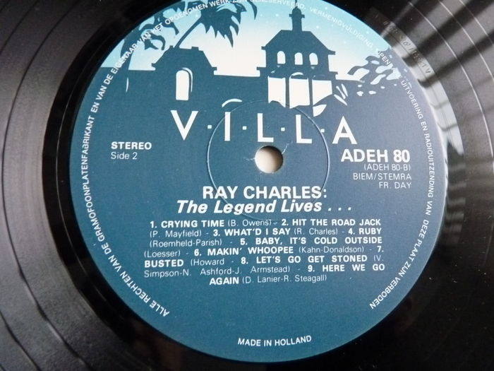 Lot with 9 Ray Charles albums: