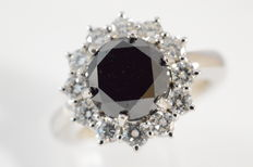 Entourage ring with black and white diamonds, 5.00 ct in total
