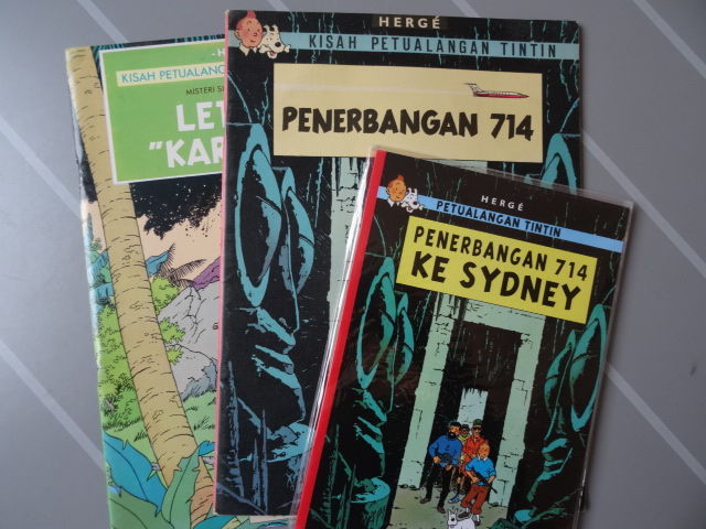 Tintin 22 - Penerbangan 714 [Flight 714] - Yo, Susi Dan Yokko [Jo, Zette and Jocko] 4 - in Indonesian - 3 x sc - 1st edition + reprint (1975/2008)