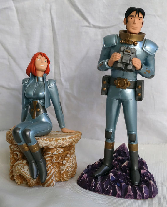 Ravian and Laureline - 2 x statuette of Stephan Saint-Emett