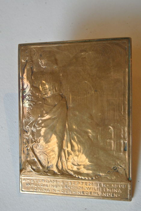 Bronze plaque inauguration Queen Wilhelmina 6 September 1898 - design J.C. Wienecke, edition C.J. Begeer.