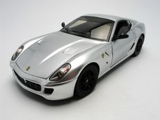 Hot Wheels Elite - Scale 1/18 - Ferrari 599 GTB Fiorano