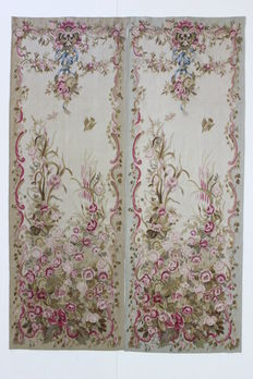 Pair of tapestries, Aubusson style, 20th, extra fin, 255 x 90 cm, hand woven