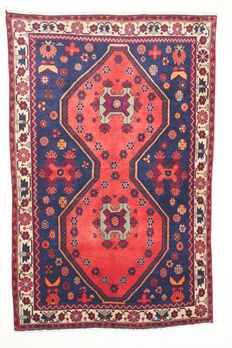 Beautiful SIRDJAN Persian carpet, IRAN, semi-antique, 233 x 146 cm