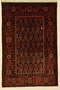 Very lovely HAMADAN carpet, Iran, pre-1970, 205 x 136 cm.
