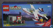 Lego 1817 Sea Plane with Hut and Boat