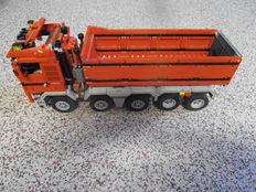 MOC - Scania dump truck with five axis with Technic functions - 2455 pieces