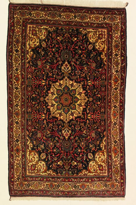 OLD BIDJAR carpet, Iran, 220 x 138 cm