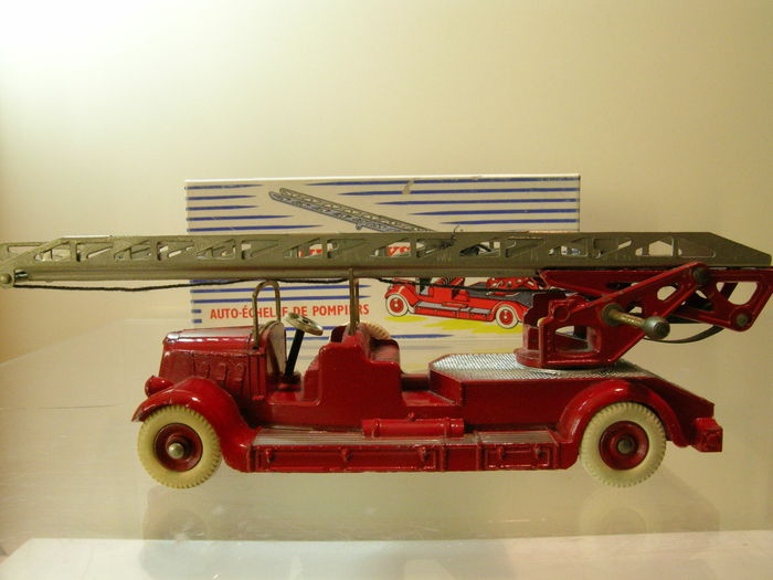 dinky supertoys schaal 1 43 delahaye auto chelle de pompiers catawiki. Black Bedroom Furniture Sets. Home Design Ideas