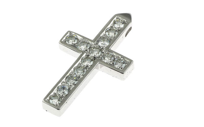 Crucifix pendant in 18K white gold set with diamonds