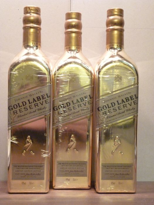 Three bottles - Johnnie Walker Gold Reserve - Limited Edition Bottle 0.7 litre