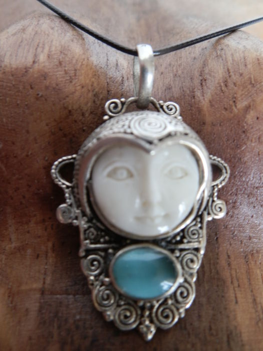 Bali Moon Face Pendant In 925 Silver With A Face Carved Catawiki