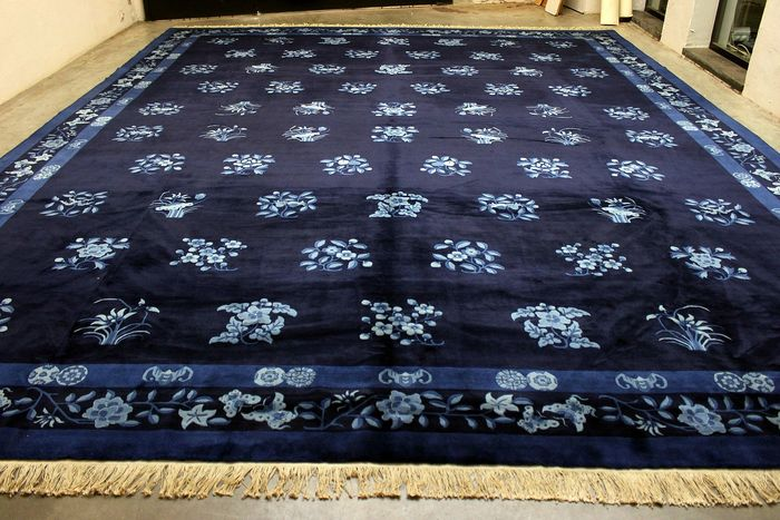 impressionant tapis chinois bleu nuit laine soyeuse 20m catawiki. Black Bedroom Furniture Sets. Home Design Ideas