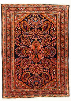 Very lovely Persian ARMANI BAFT, Iran, semi-antique, 153 x 111 cm.
