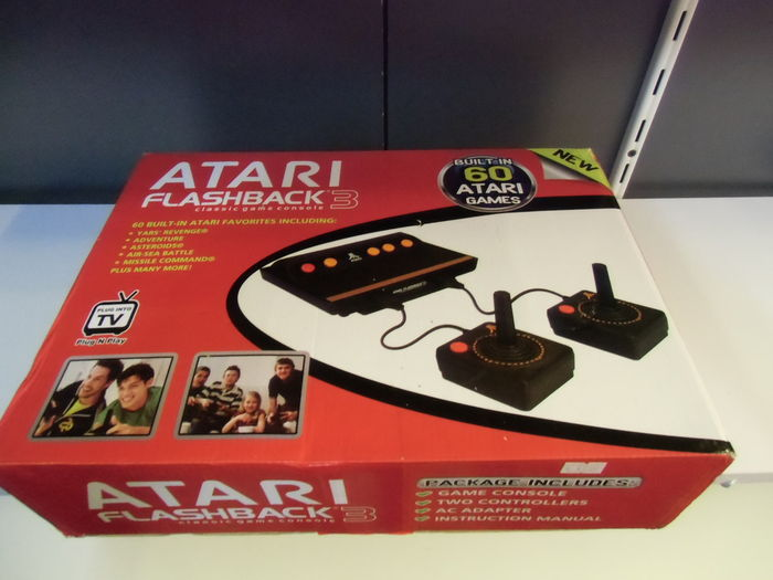 Atari flashback 3 classic game console complete in box - Atari flashback 3 classic game console ...