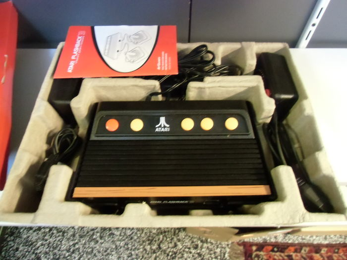 Atari flashback 3 classic game console complete in box catawiki - Atari flashback 3 classic game console ...