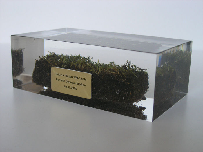Final WC 2006 Italy - France - original piece of grass cutting embedded in acrylic + Limited Edition incl.Certificate of Authenticity