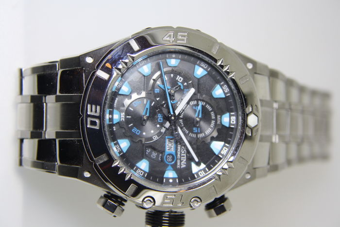 "Festina ""tour de France"" 2010 model F16527/5 -- men's wristwatch -- 2010"