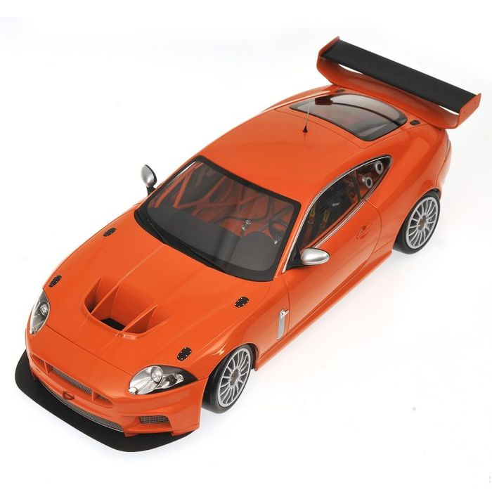 Minichamps - Scale 1/18 - Jaguar XKR GT3 2008