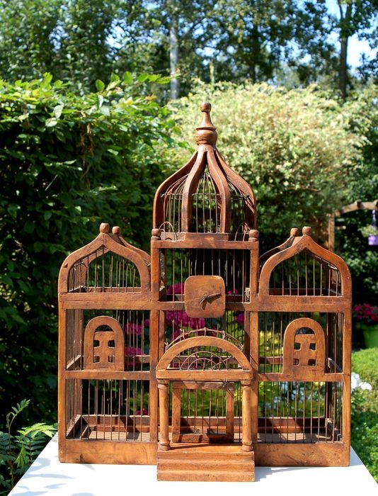 cage d 39 oiseau avec cadre en bois fait main catawiki. Black Bedroom Furniture Sets. Home Design Ideas