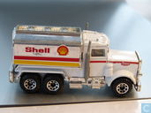 Peterbilt Tanker SHELL