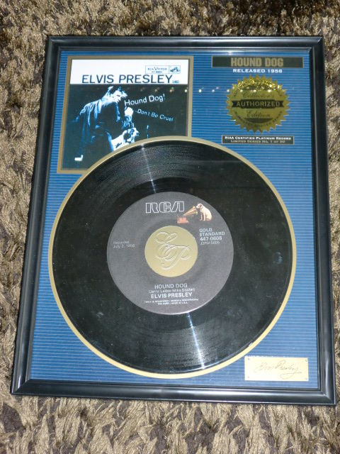 Elvis Presley limited framed 45 Hound dog