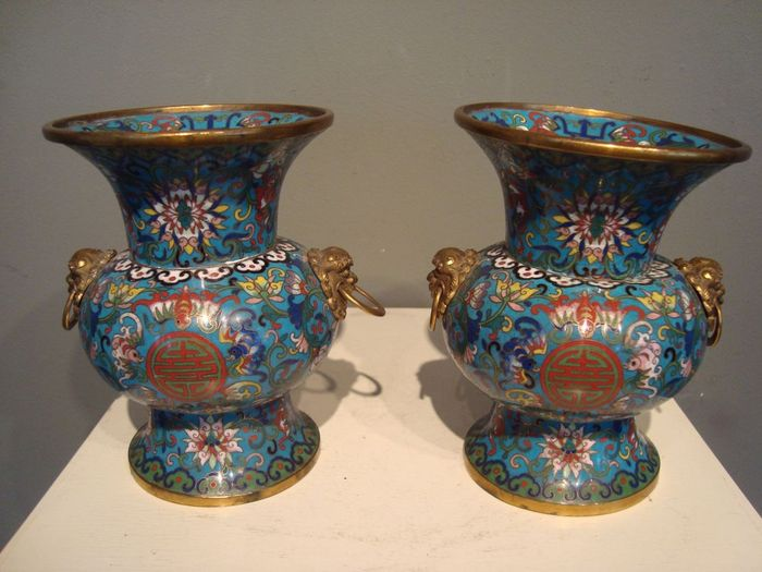 Two cloisonné vases - China - Second half 19th century