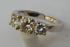 Wedding ring in white gold 18 kt Trilogy natural Diamond, 1.35 ct approx.