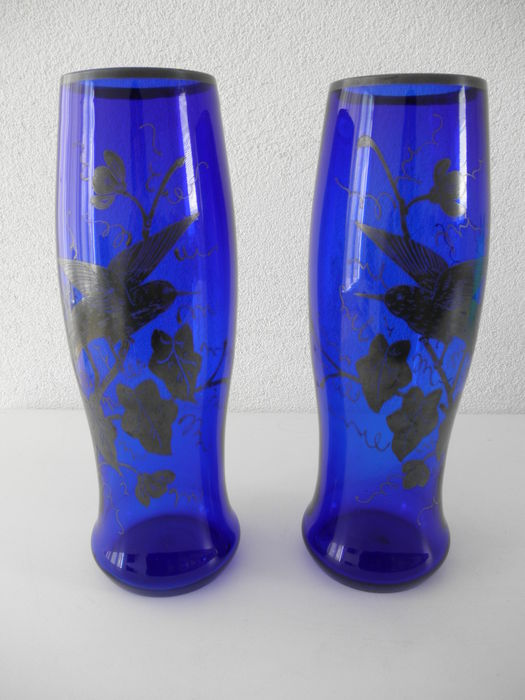 Two bohemian vases with bird decor catawiki for Decor traduction