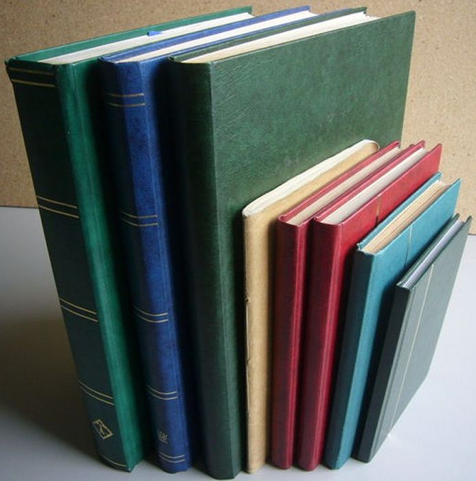 World - Batch in 7 stock books and one album
