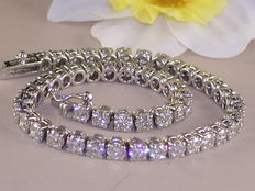 Riviera bracelet set with diamond – 9.18 ct in total G/VS2.