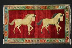 Magnificent and rare Persian GHASHGHAI, collectible, Iran 215 x 126 cm.
