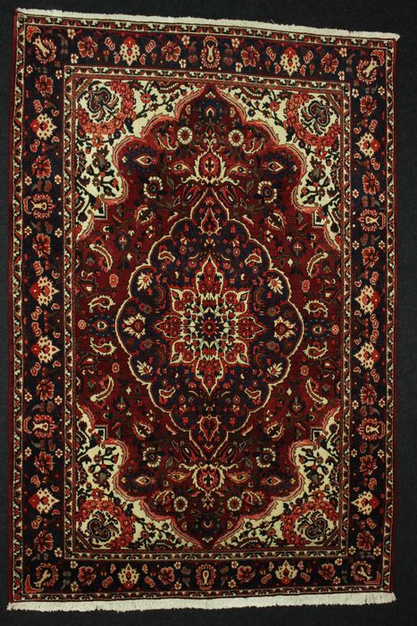 Very beautiful Persian rug, BAKHTIAR, Iran.