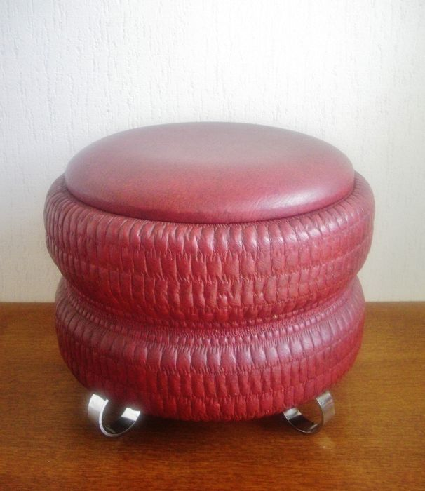 Vintage pouffe / stool - leatherette and chrome